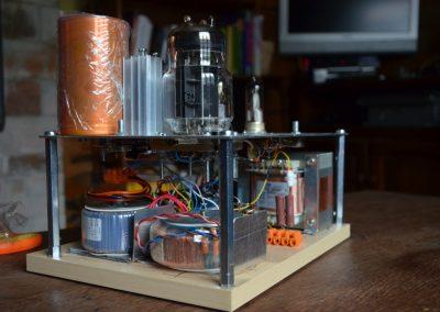 6c33c-amplifier_lampvõimendi-1024x678